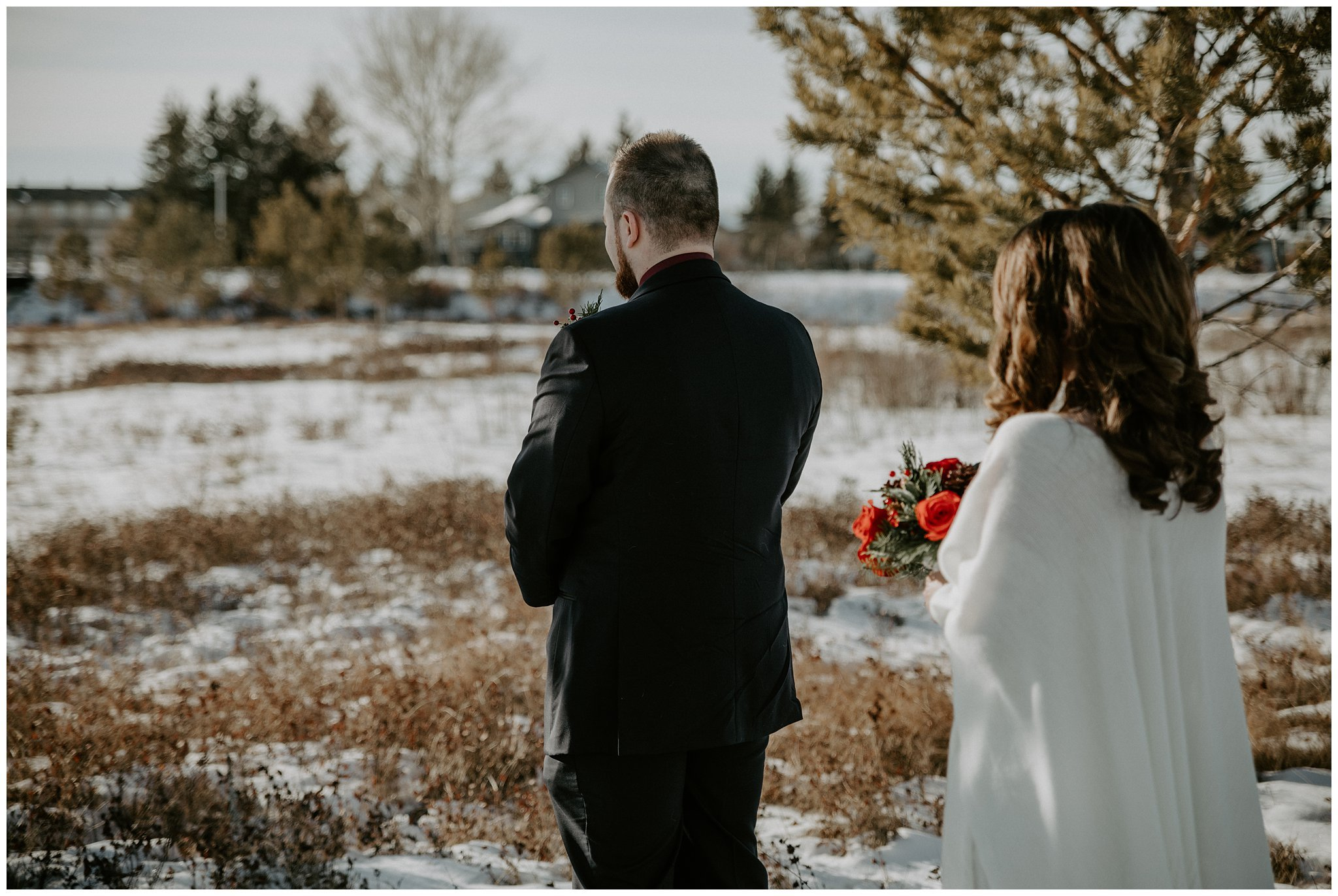 Winter first look wedding