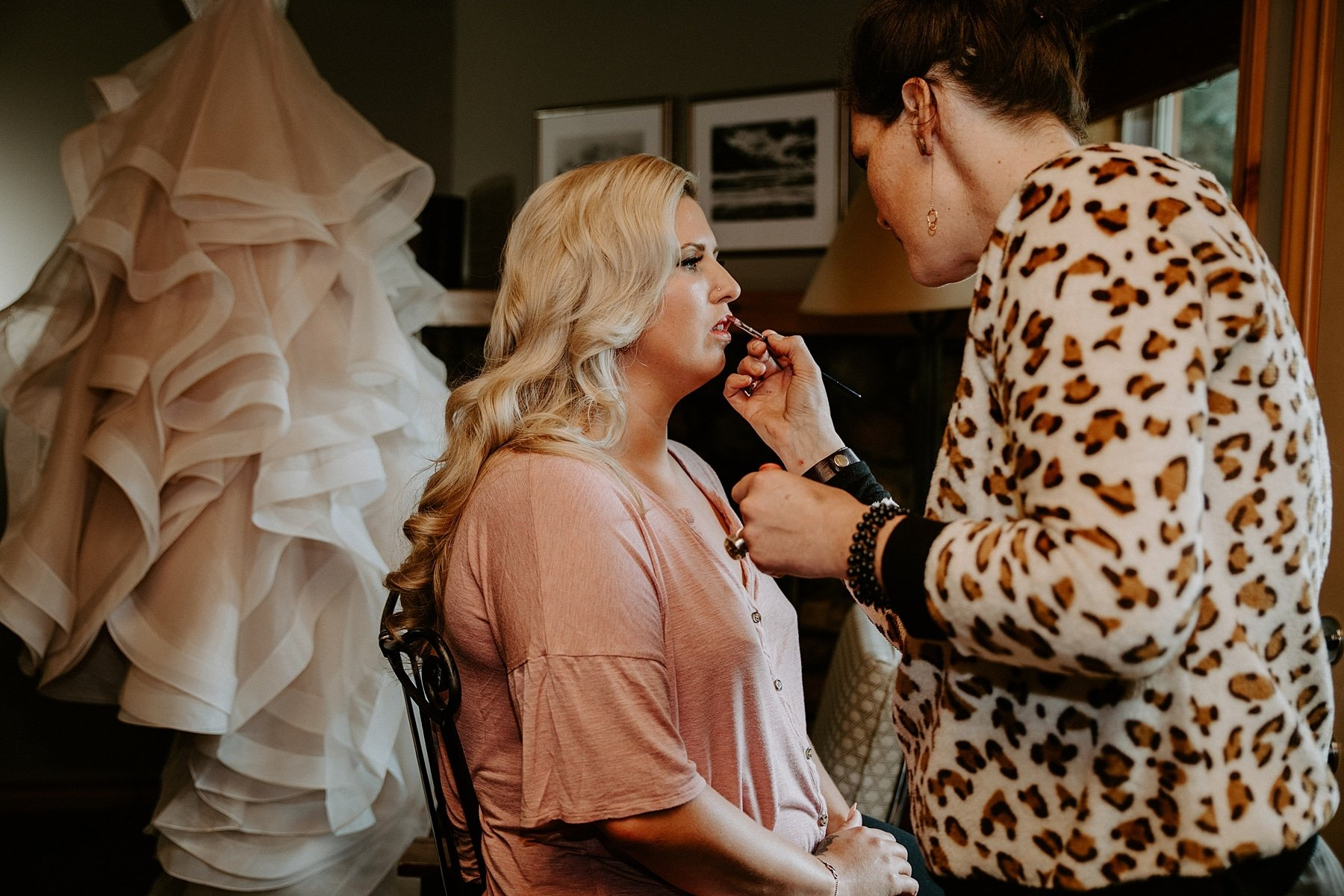 Mountain beauties getting bride ready in Banff