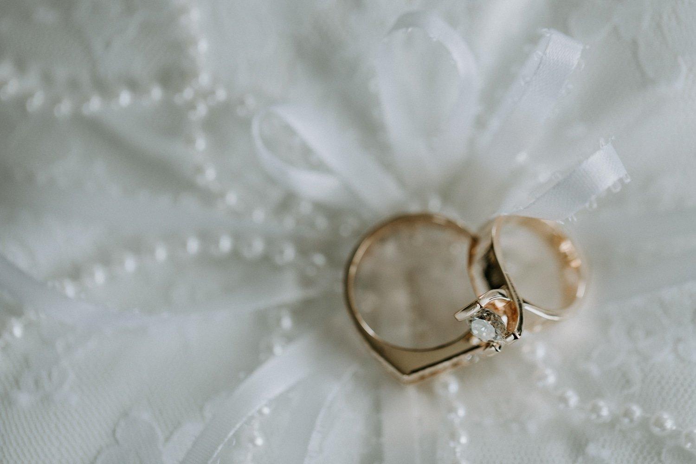 Getting Ready Wedding Ring Photos
