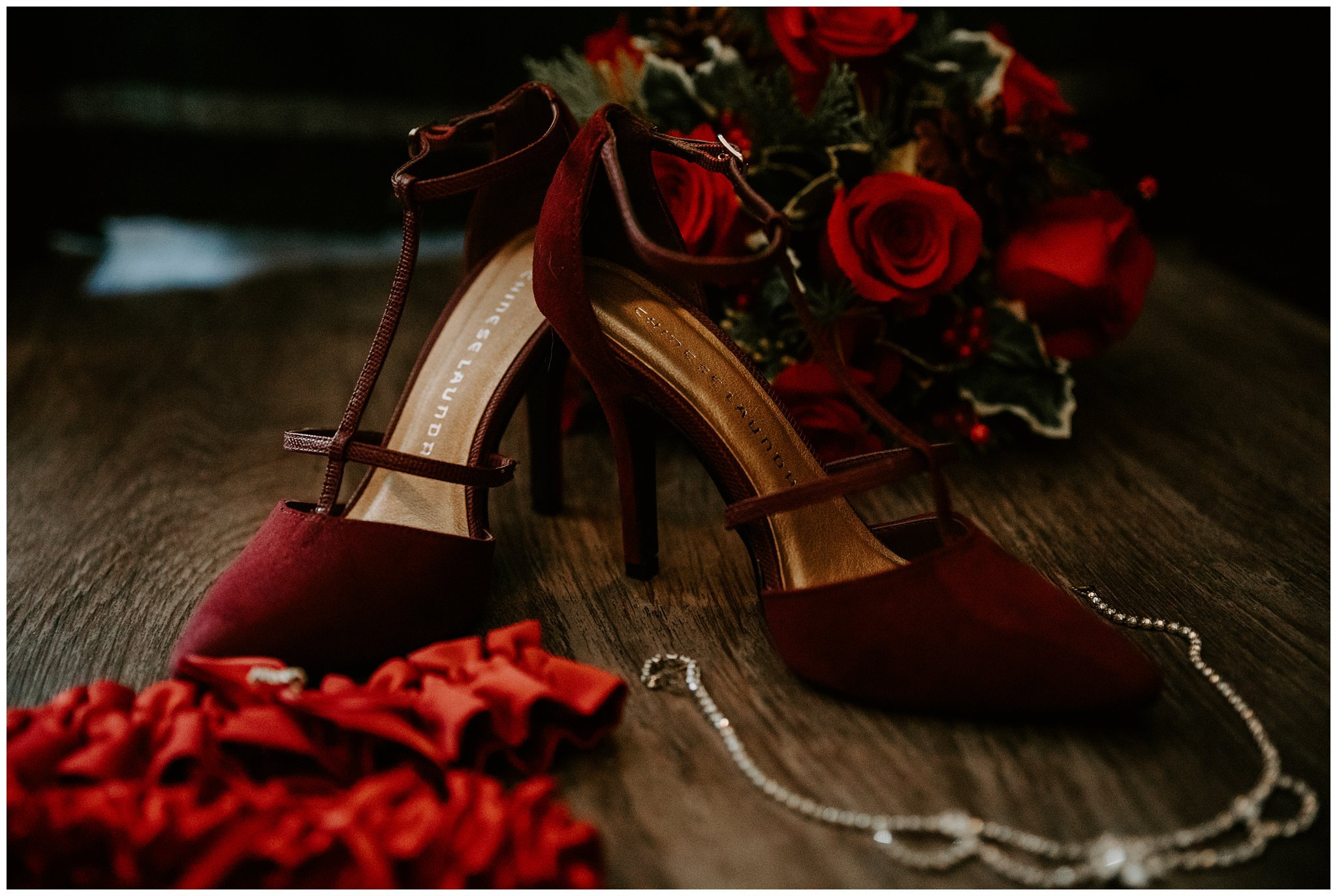 red wedding colors
